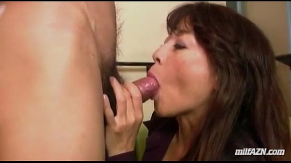Mature wife fingered giving blowjob