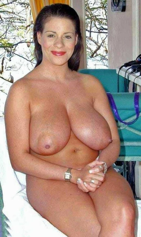Mature women with large tits